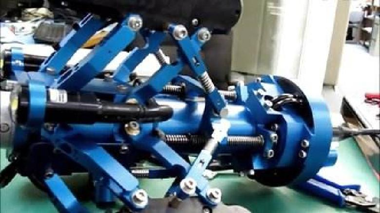 国内首台智能管道修复机器人亮相 可非开挖修复